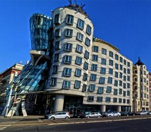 building-922531_960_720